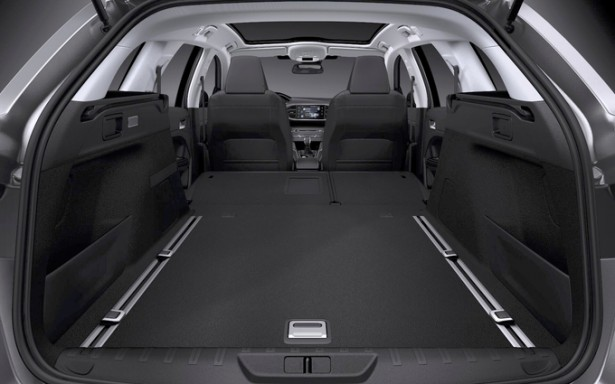 peugeot 308 sw les premi res infos sur la nouvelle 308 break au coffre immense les voitures. Black Bedroom Furniture Sets. Home Design Ideas