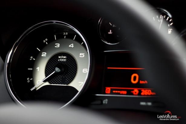 Peugeot-RCZ-R-essai-Grégory-Guilvert-LesVoitures-14