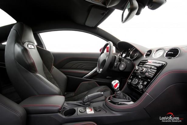 Peugeot-RCZ-R-essai-Grégory-Guilvert-LesVoitures-9