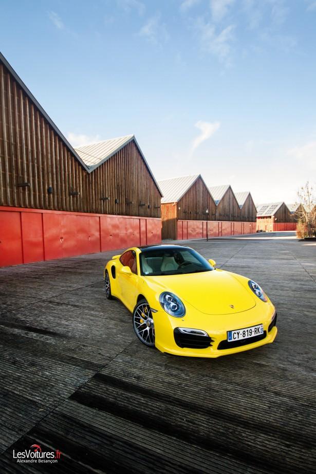 Porsche-911-Turbo-S-991-10