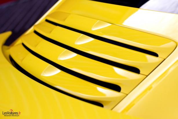 Porsche-911-Turbo-S-991-20