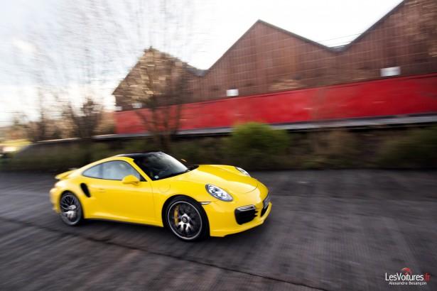 Porsche-911-Turbo-S-991-2013