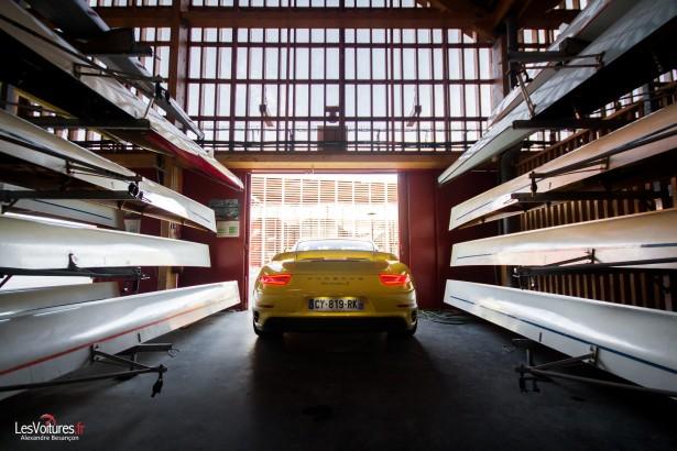 Porsche-911-Turbo-S-991-4