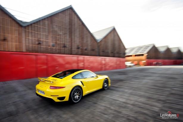 Porsche-911-Turbo-S-991-6