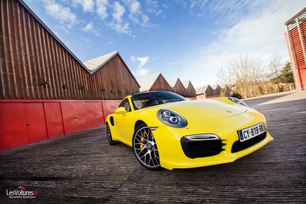 Porsche-911-Turbo-S-991-7