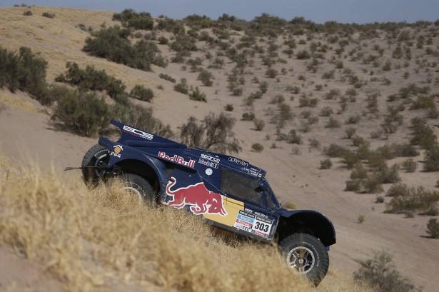 SAINZ-Red-Bull-Dakar-2014-etape-5-2