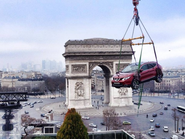 nissan-rooftoppin-Paris-drugstore