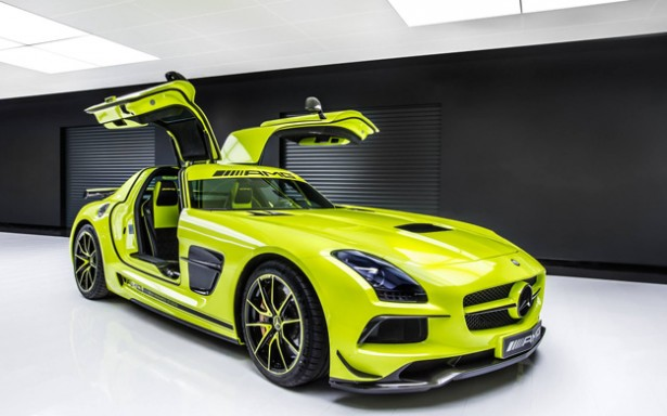 sls-amg-black-series-performance-studio-5