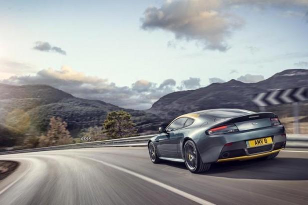 Aston-Martin-V8-Vantage-N430-DB9-carbone-22