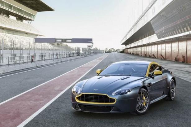 Aston-Martin-V8-Vantage-N430-DB9-carbone-66