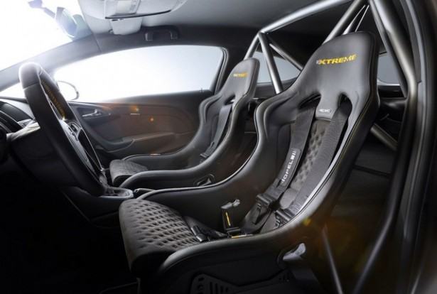 Opel-Astra-OPC-Extreme-2014-4
