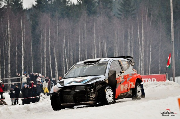 Rally-Suede-WRC-2014-Neuville