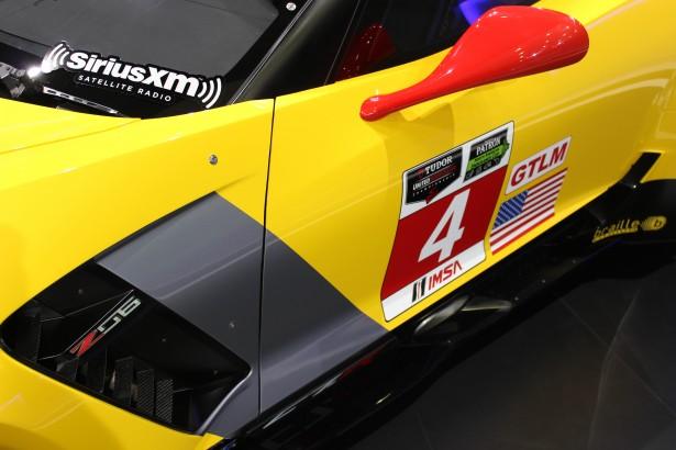 Chevrolet-Corvette-C7R-LMGT-FIA-WEC-24-Heures-Mans-2014 (1)