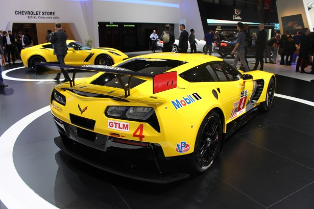 Chevrolet-Corvette-C7R-LMGT-FIA-WEC-24-Heures-Mans-2014 (10)