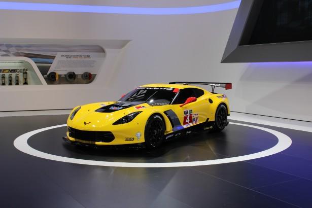 Chevrolet-Corvette-C7R-LMGT-FIA-WEC-24-Heures-Mans-2014 (13)