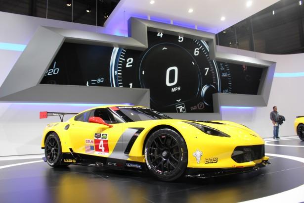 Chevrolet-Corvette-C7R-LMGT-FIA-WEC-24-Heures-Mans-2014 (7)