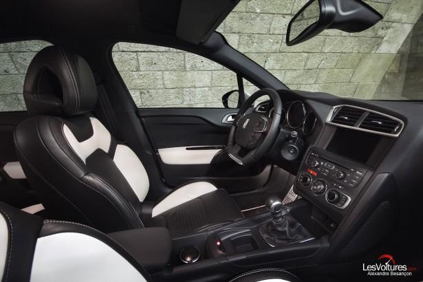 citro n ds4 thp 200 sport chic objectif premium le coup l essai les voitures. Black Bedroom Furniture Sets. Home Design Ideas