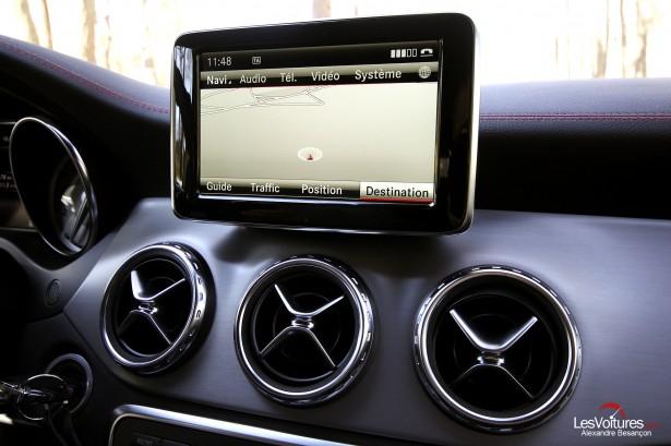 Essai-Mercedes-Benz-GLA-11