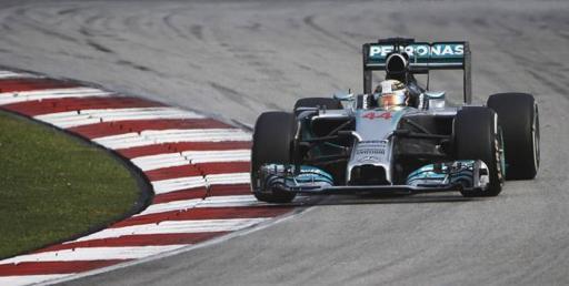 Hamilton-GP-Malaisie-2014-Mercedes-W05