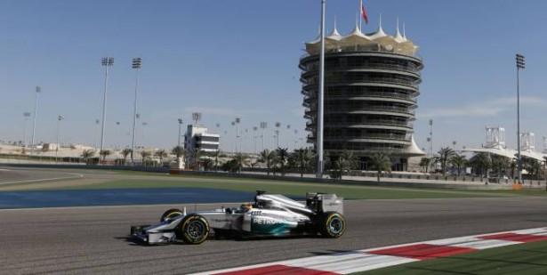 Hamilton-essais-mercedes-F1-2014