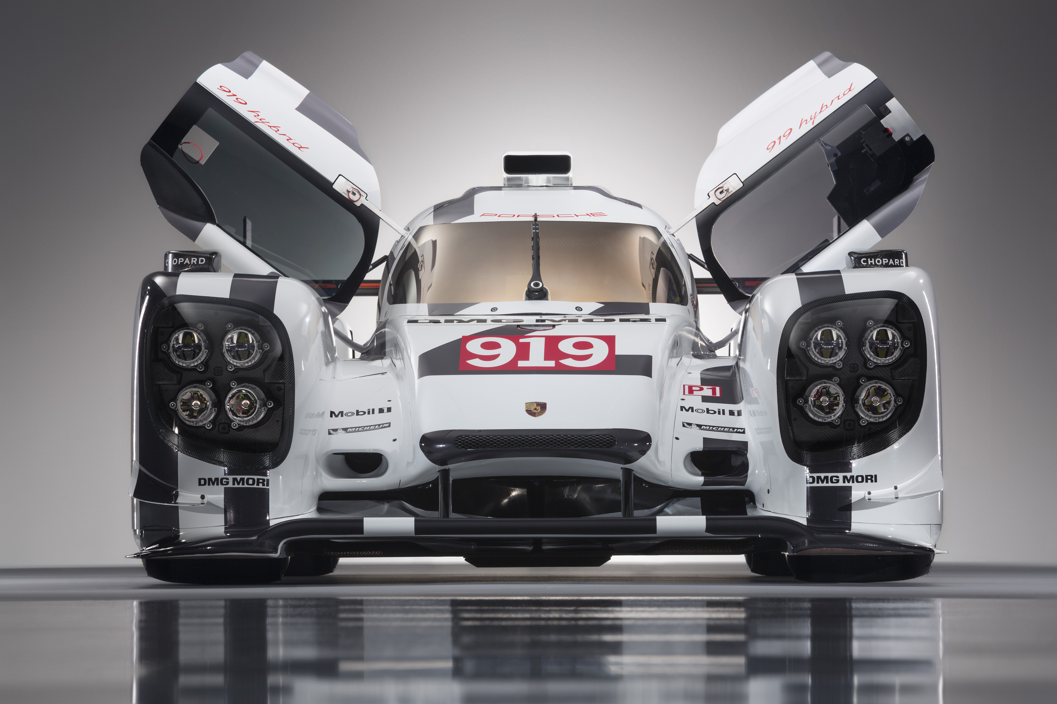 FIA WEC : Porsche présente sa 919 Hybrid !