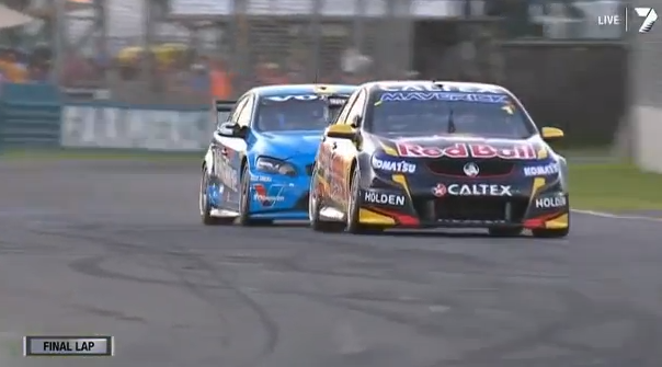 Scott-McLaughlin-Volvo-Jamie-Whincup-Holden-V8-Supercars-video-2014-adelaide