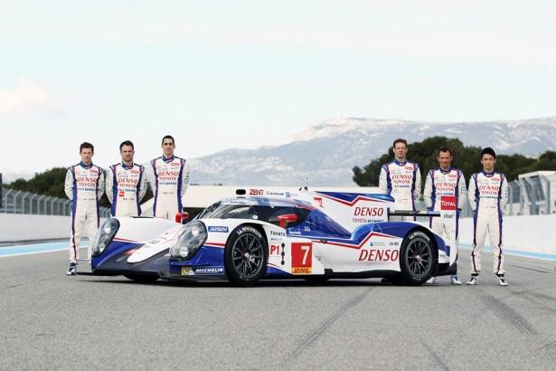 Toyota-TS040-LMP1-H-FIA-WEC-2014-24-H-du-Mans-11