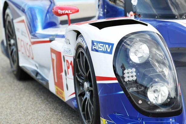 Toyota-TS040-LMP1-H-FIA-WEC-2014-24-H-du-Mans-7
