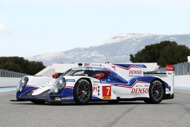 Toyota-TS040-LMP1-H-FIA-WEC-2014-24-H-du-Mans-9