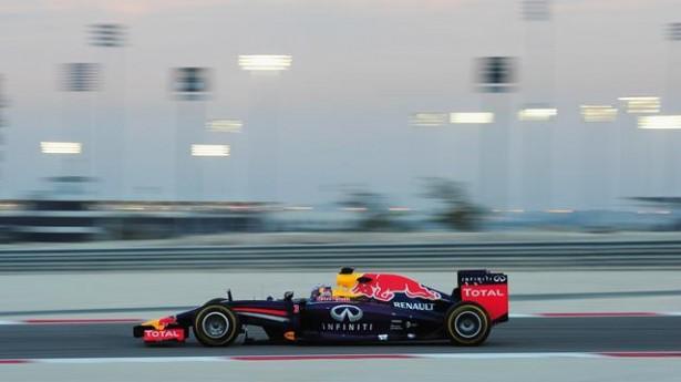 Vettel-red-bull-rb10-essais-F1-2014