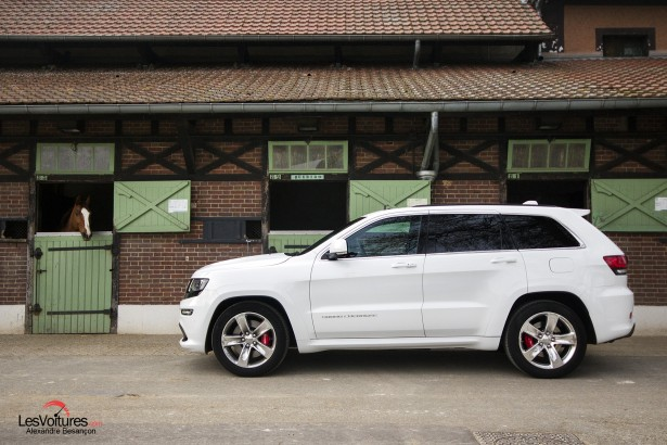 Essai-Jeep-Grand-Cherokee-SRT-8