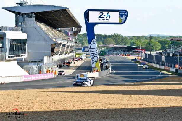 GT-Tour-Le-Mans-Bugatti-2014
