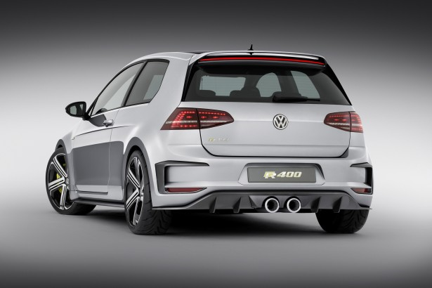 Volkswagen-Golf-R-Pékin-2014-5