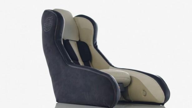 Volvo-siège-enfant-gonflable-2014