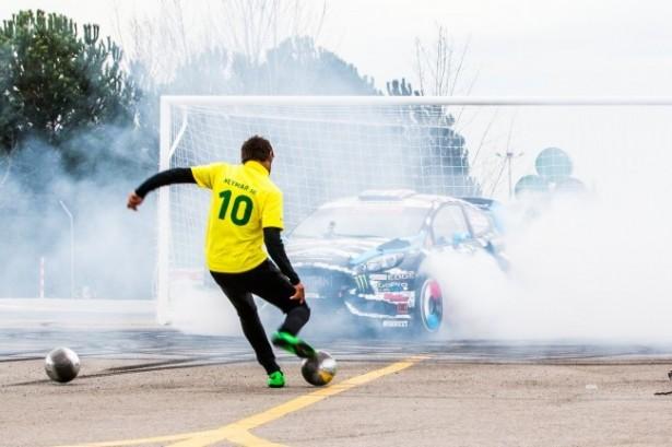 video- castrol-footkhana-neymar-block