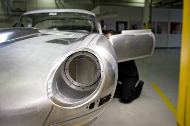 Jaguar_Lightweight_E-type_6