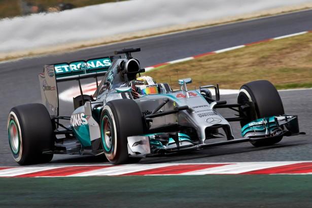 Lewis-Hamilton-Mercedes-GP-Espagne-2014