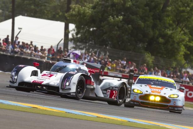 24-Heures-du-Mans-2014-Audi-R18-e-tron-quattro-2-Aston-Martin-V8-Vantage
