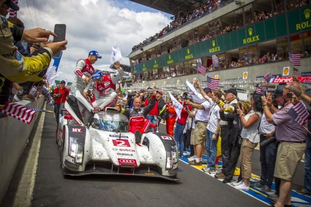 24-Heures-du-Mans-2014-Audi-RA8-e-tron-quattro-2-victory