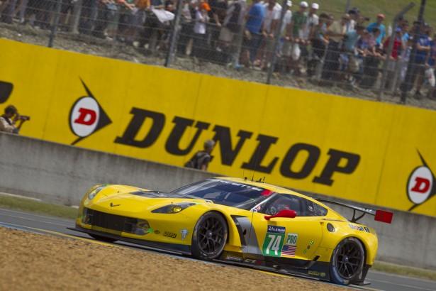 24-Heures-du-Mans-2014-Corvette-Racing-C7R-74