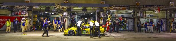 24-Heures-du-Mans-2014-Corvette-Racing-night-2