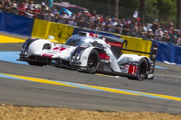 24-Heures-du-Mans-2014-R18-e-tron-quattro-piste
