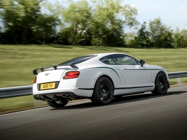 Bentley-Continental-GT3-R-serie-2014-3