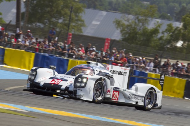 Porsche-919-Hybris-24-Hours-of-le-mans-2014-video