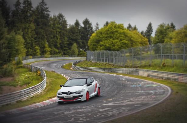 Renault-Megane-rs-275-Trophy-r-nurburgring (9)