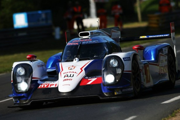 Toyota-Racing-24-Hours-of-le-mans-2014-pole-position