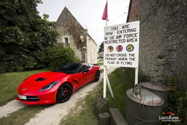 essai-test-drive-chevrolet-chevy-c7-stingray-normandy-2014-Spirit-of-1944-10
