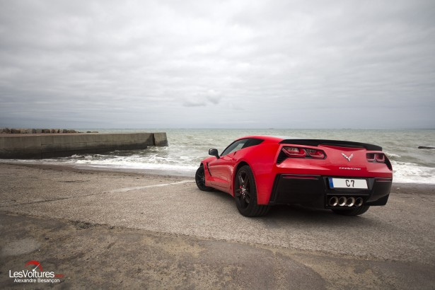 essai-test-drive-chevrolet-chevy-c7-stingray-normandy-2014-Spirit-of-1944-arromanches