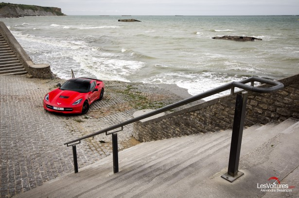 essai-test-drive-chevrolet-chevy-c7-stingray-normandy-2014-Spirit-of-1944-arromanches-7