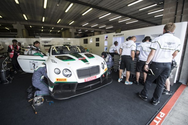 Bentley-Continental-GT3-M-SPort-Free-practice-24-Hours-Spa-2014